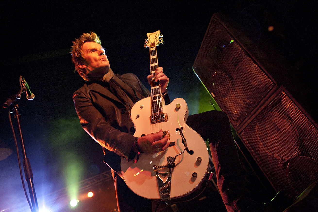 Billy Duffy_3323.jpg